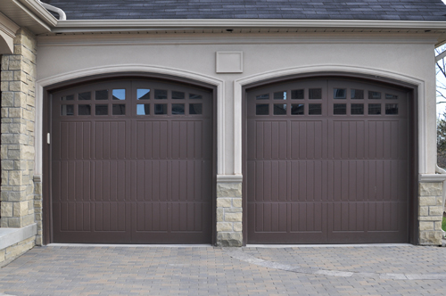 How Useful Internet Can Be In Searching The Right Garage Door